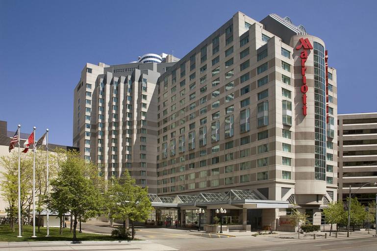 Marriott Downtown at CF Toronto Eaton Centre, Toronto