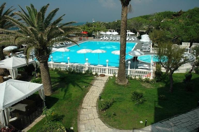 Domizia Palace Hotel, Caserta