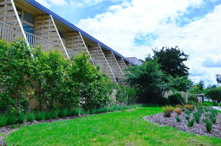Canberra Short Term and Holiday Accommodation, Fyshwick