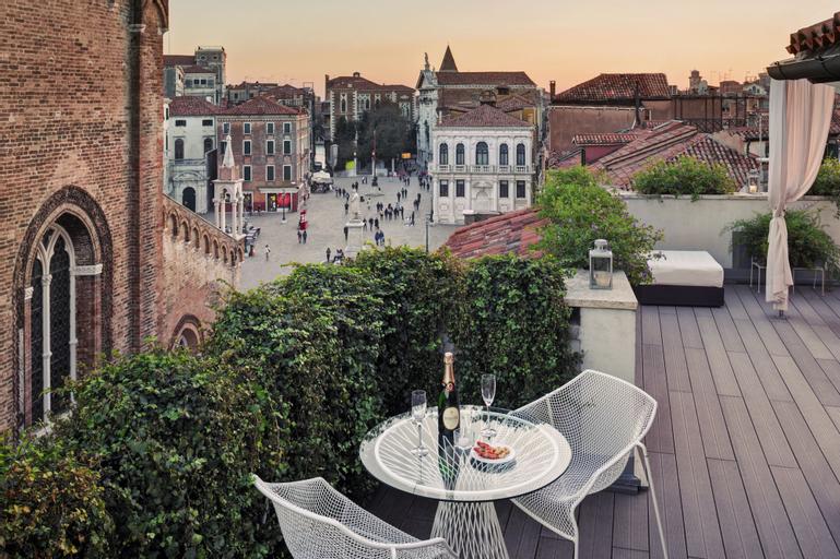Bloom, Venezia