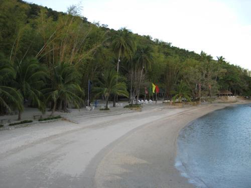 Costa Aguada Island Resort, Sibunag