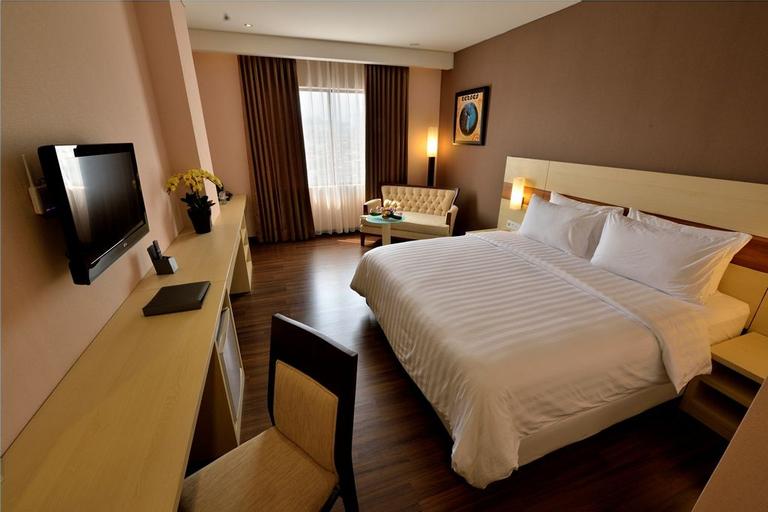 Hotel California Bandung, Bandung