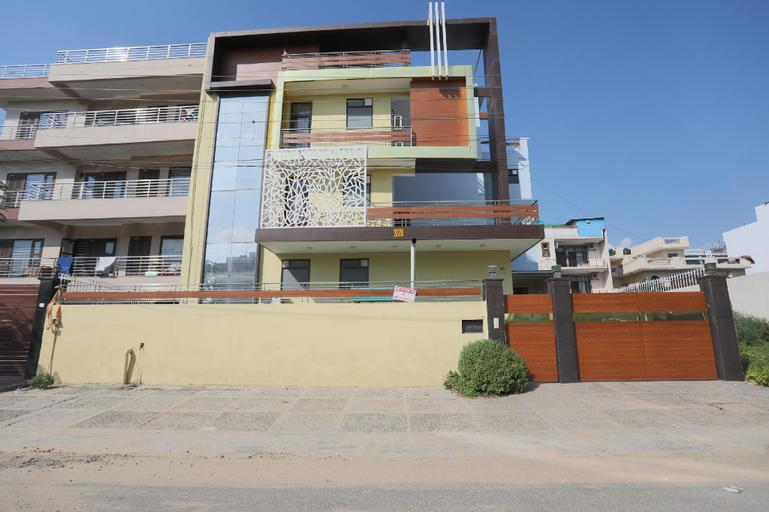 OYO 567 Hotel Lime Tree Hospitality, Gurgaon
