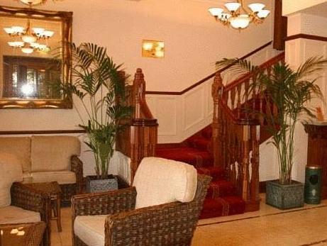 Westenra Arms Hotel,