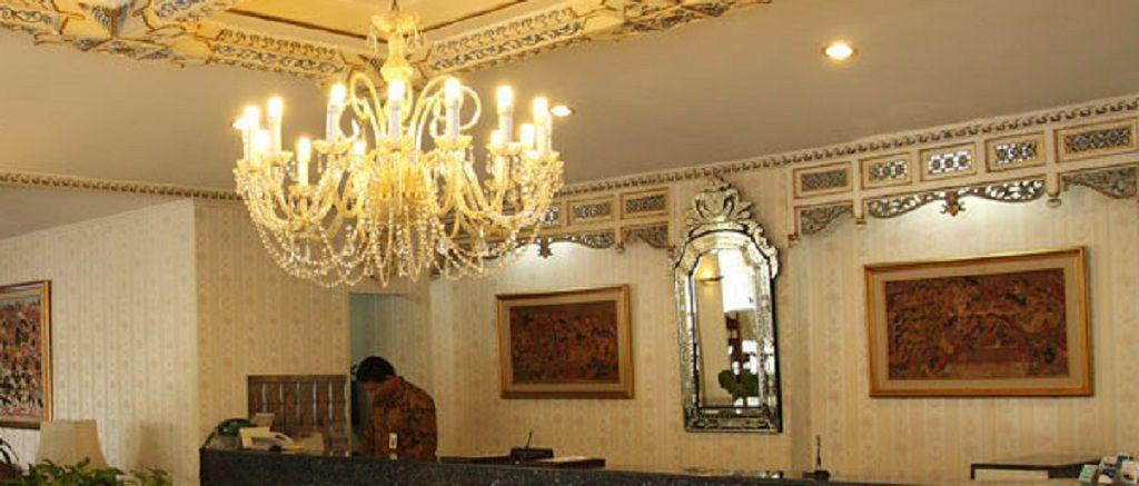 Riyadi Palace Hotel Solo, Solo