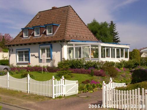Ferienwohnungen und Ferienhaus im Nixenweg, Plön