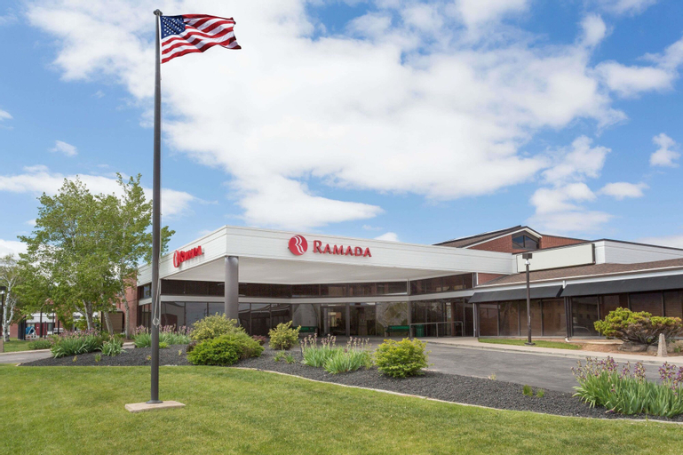 Ramada by Wyndham Cedar City, Iron