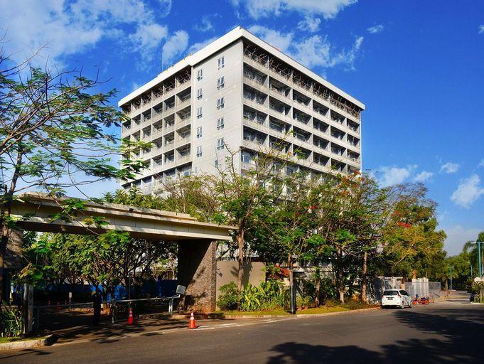 Delonix Hotel Karawang, Karawang