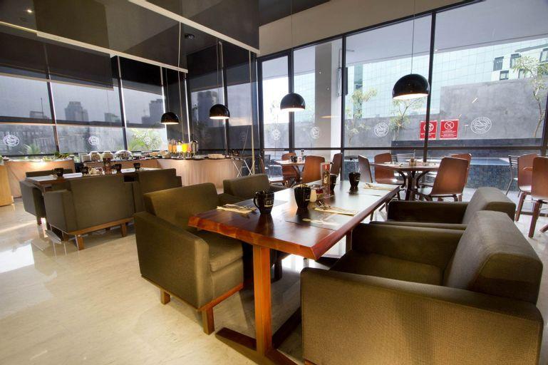 Hotel Neo Tendean Jakarta by ASTON, South Jakarta