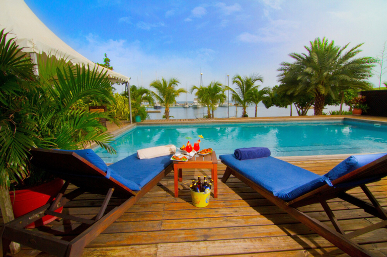 Le Phare Bleu Villa Resort,