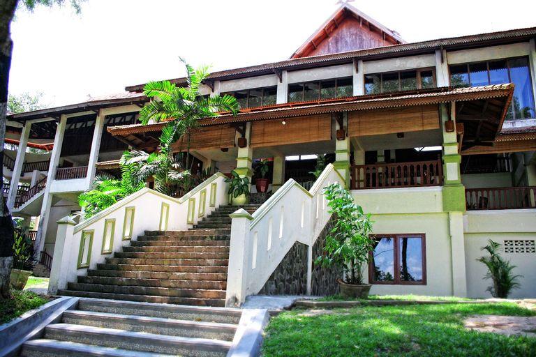 Ratu Hotel & Resort Jambi, Jambi