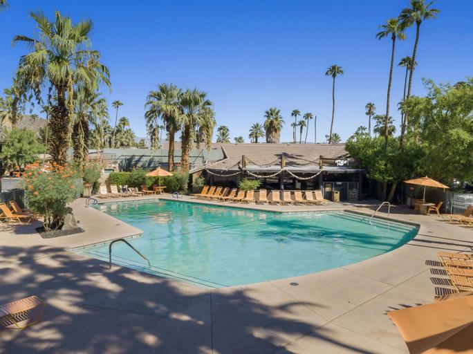 Caliente Tropics Hotel, Riverside