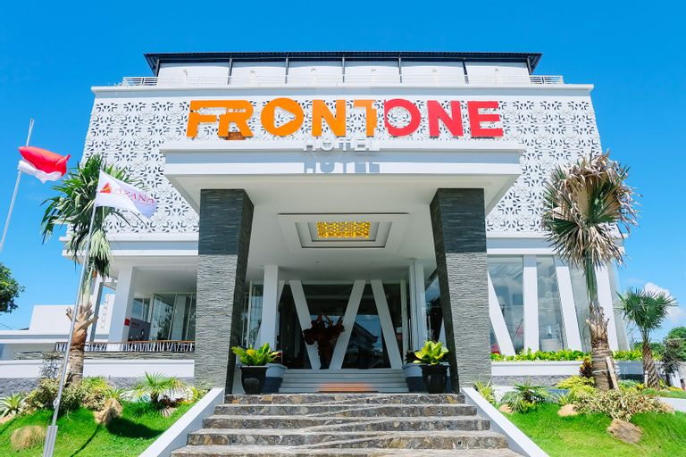 Front One Hotel Pamekasan Madura, Madura Island