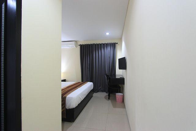 Kuta Airport Insta Hotel, Badung