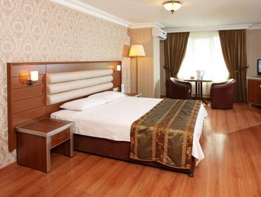 Balturk Hotel Sakarya, Merkez