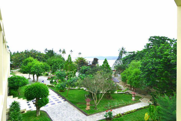 Amazing City Beach Resort Palu, Palu