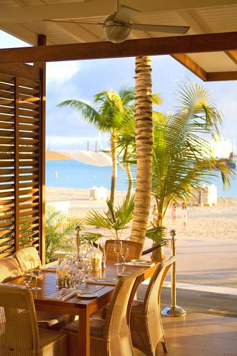 Holland House Beach Hotel,