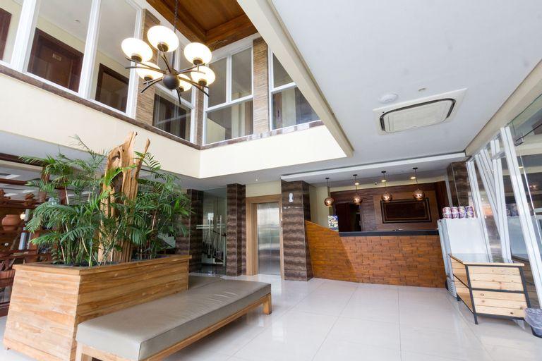 Hotel Adilla Syariah Ambarukmo, Yogyakarta