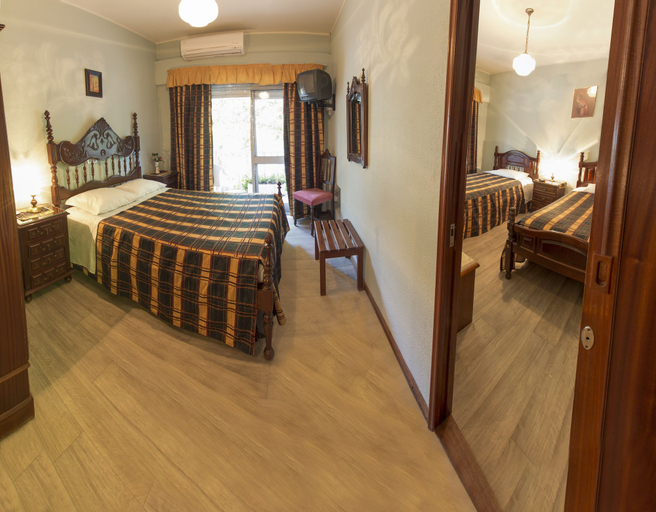 Pereira Hostel & Guesthouse, Ourém