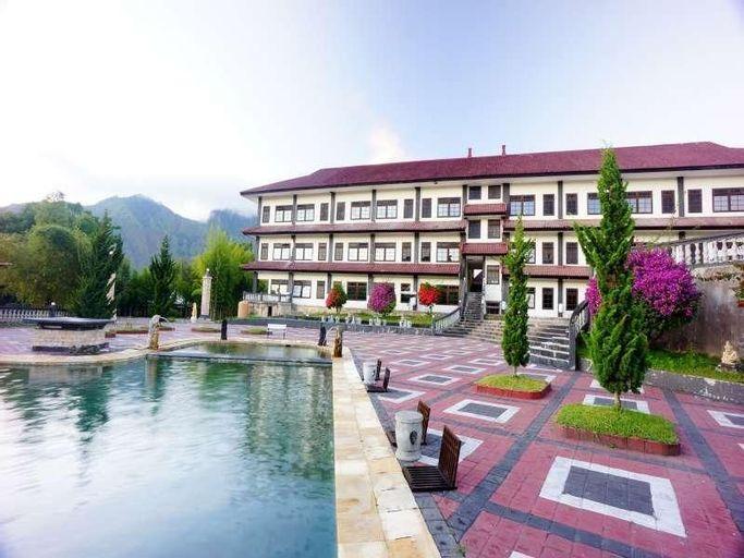 Puri Bening Lake Front Hotel, Bangli