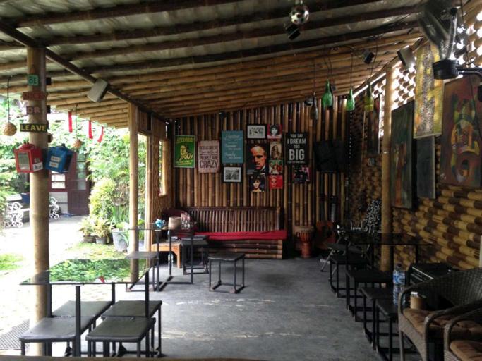 La tropicana by venezia homestay, Yogyakarta