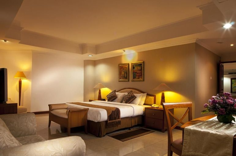 Grand Tropic Suites Hotel, Jakarta Barat