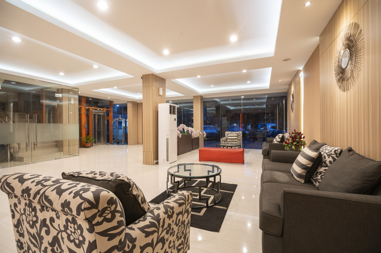 The Gloria Suites Grogol, West Jakarta