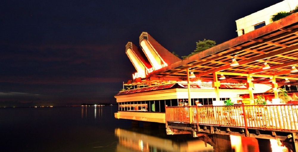 Makassar Golden Hotel, Makassar