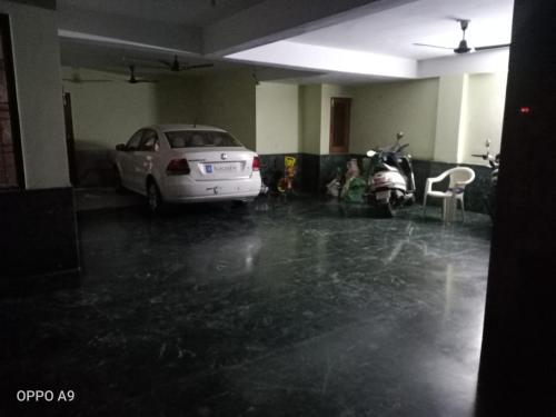 Home living, Gautam Buddha Nagar