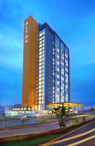 Aston Banua Banjarmasin Hotel & Convention Center, Banjar