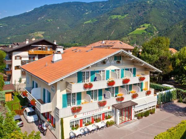 Parkhotel Plauserhof, Bolzano