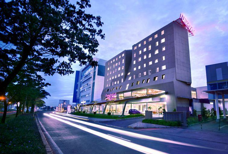 Fame Hotel Gading Serpong, Tangerang