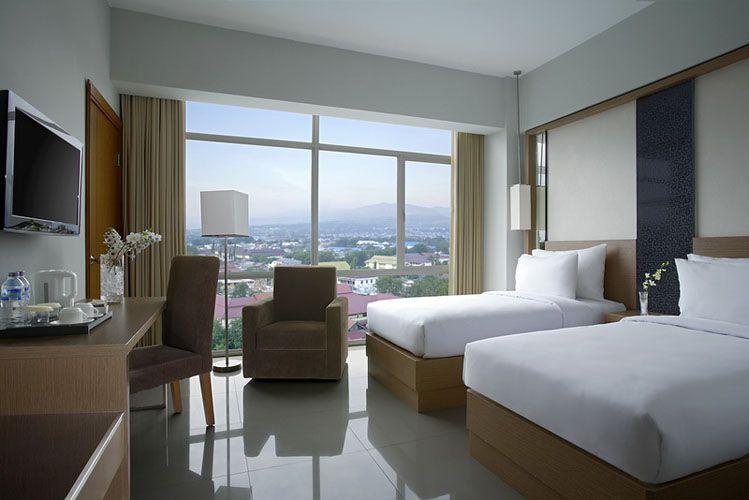 Hotel Santika Palu, Palu