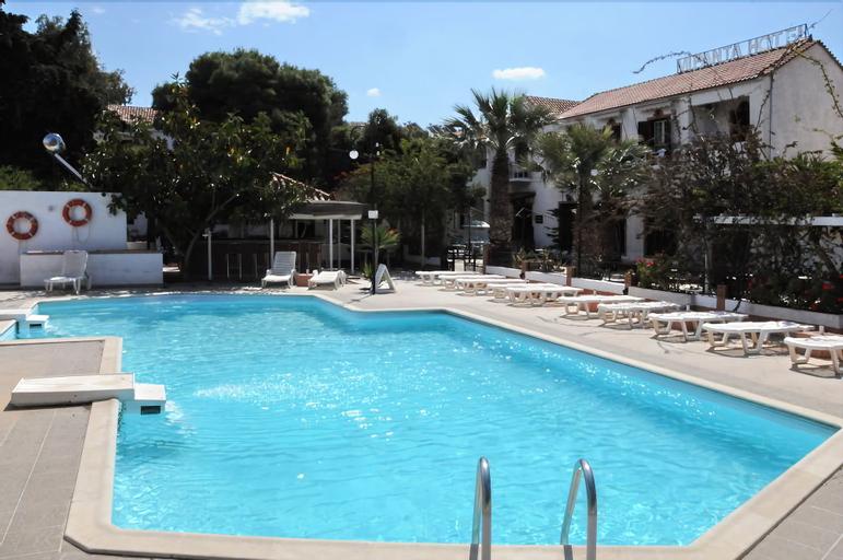 Miranta Hotel, Attica