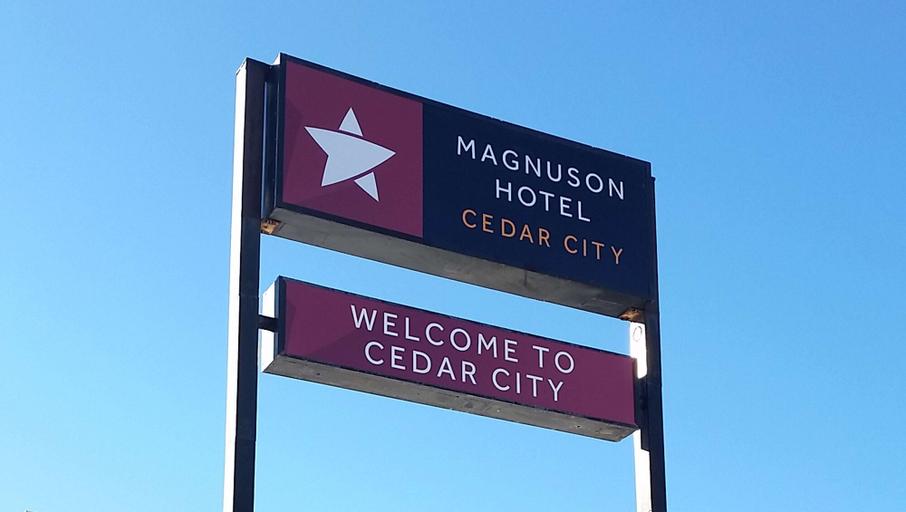 Magnuson Hotel Cedar City, Iron