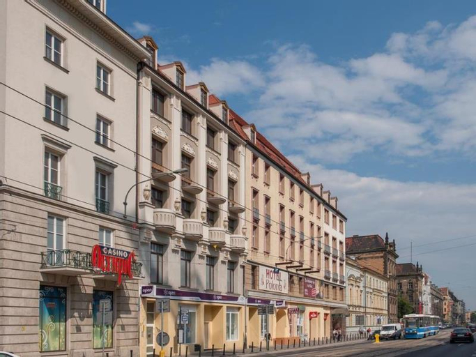 Hotel Polonia, Środa Śląska