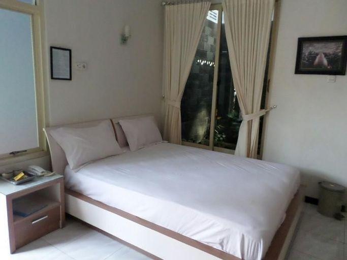 Hotel Cendrawasih, Jember