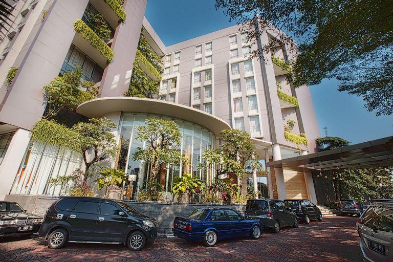 Soll Marina Hotel Serpong, South Tangerang