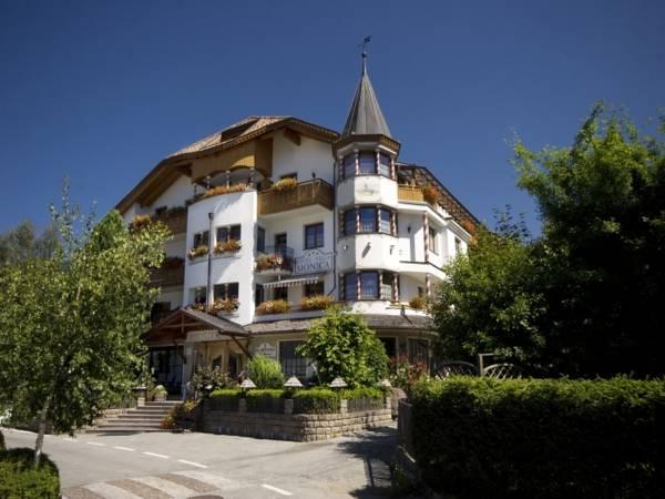 Hotel Villa Monica, Bolzano