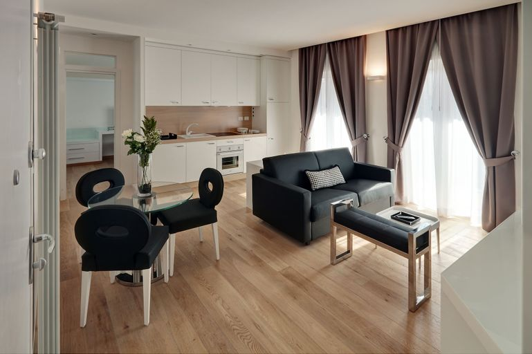 LHP Suite Firenze, Florence