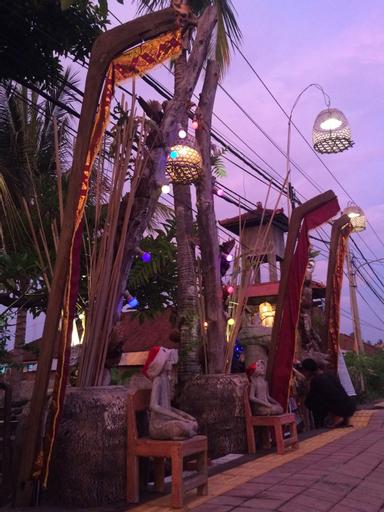 Funky Place Lovina, Buleleng