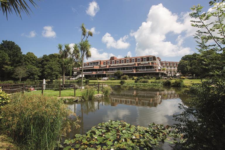 St Pierre Park Hotel & Golf,