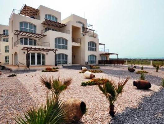 Aphrodite Beachfront Resort,