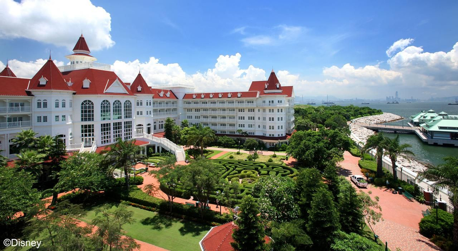 Hong Kong Disneyland Hotel, Lantau Islands