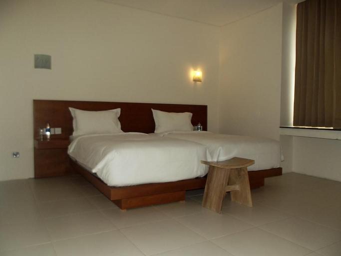 L Bajo Hotel Komodo, Manggarai Barat