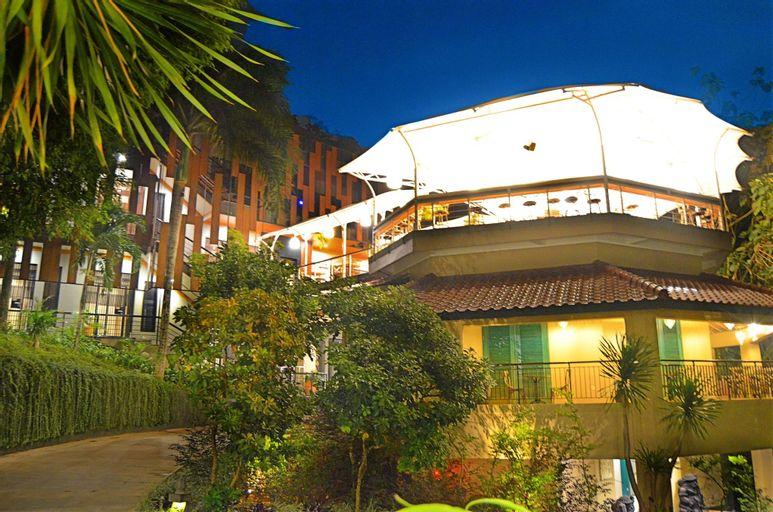 Amanuba Hotel & Resort Rancamaya, Bogor