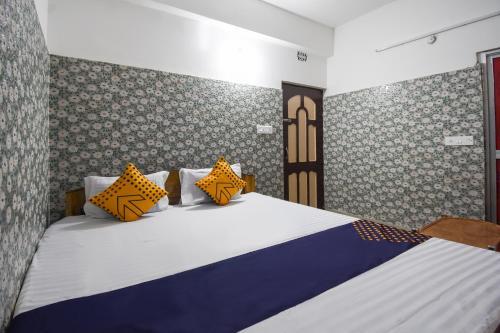 OYO 74939 Hotel Discovery Key, Gautam Buddha Nagar