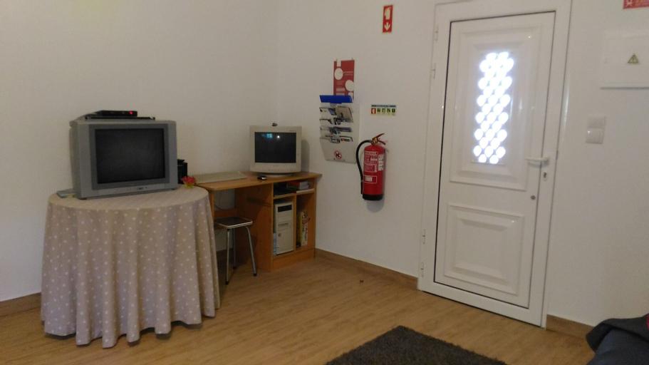 VISITAR BIOUCAS I - Casa Inteira Familiar e Grupo de Amigos, Abrantes
