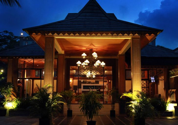 Green Tropical Village Hotel and Resort, Belitung