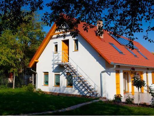 Rozmaring Vendeghaz, Pécsváradi